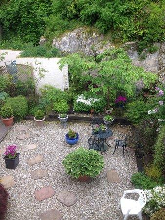 Fernroyd House B&B: Our garden view.