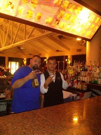 GR Solaris Cancun: Gracias Jorge Escalante por el servicio por ti yo voy a reconendar el gr solaris (papi)
