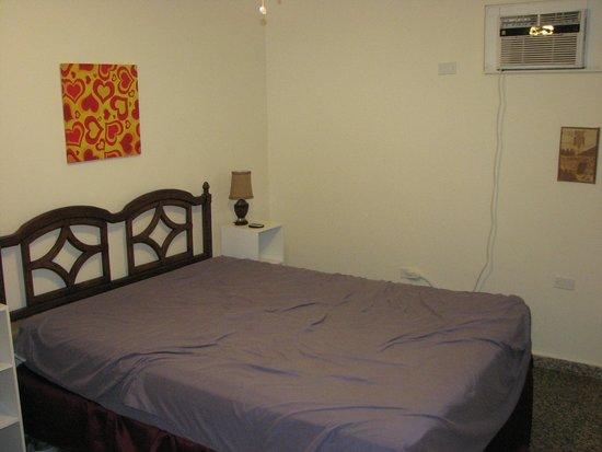 Barefoot Travelers Rooms: Room