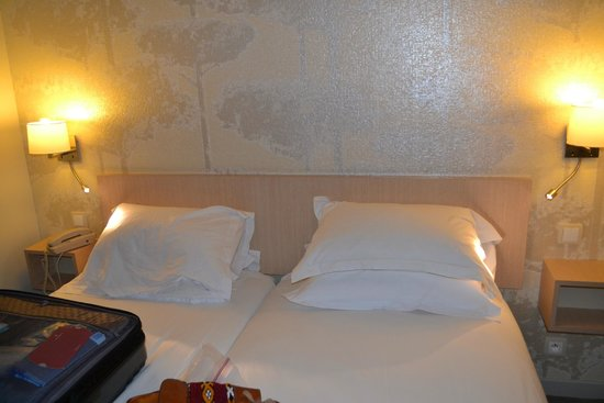 Mercure Paris Notre Dame Saint Germain des Pres : 2 twin beds