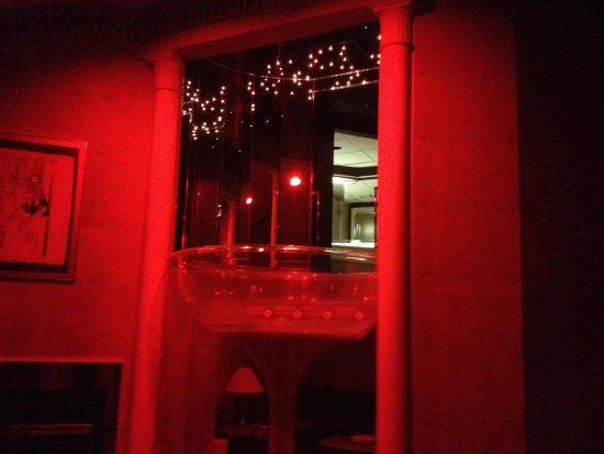 Pocono Palace Resort : Champagne jacuzzi w/ mood lighting enabled