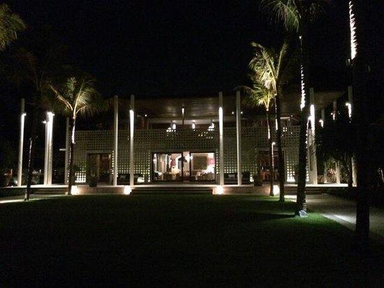 Jeeva Saba Bali : Villa at night