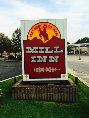 Mill Inn: Out front!