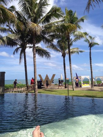 W Bali - Seminyak: Brilliant view but that's if you get down early to get a sun lounger!!!