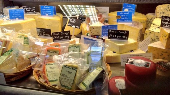 St Davids Food and Wine: Packed with Welsh Cheeses