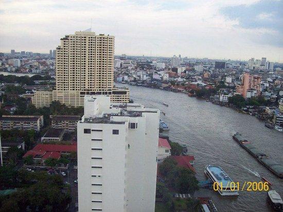 Millennium Hilton Bangkok : Chao river