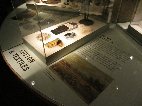 National Maritime Museum: Items related to the trade of cotton and textiles.