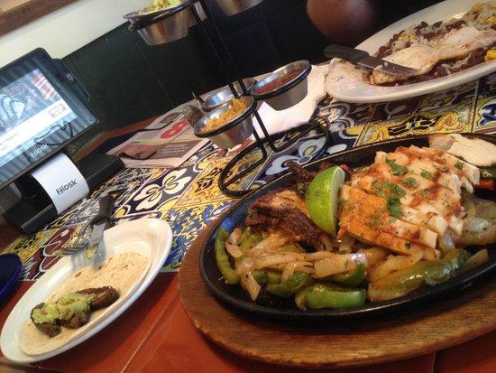 Chili's Grill & Bar : Comida deliciosa