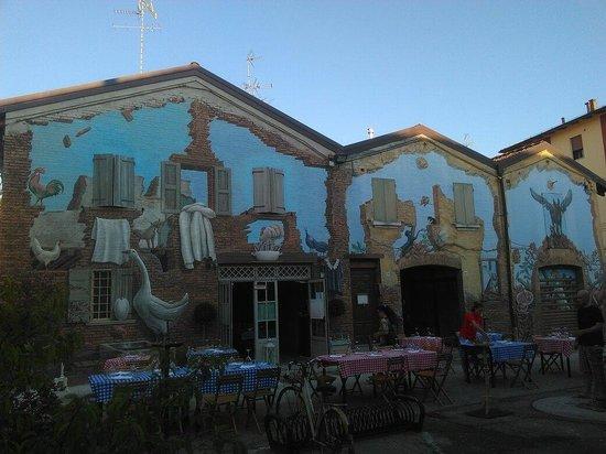 San Giovanni in Persiceto, Italien: La piazzetta di Vito