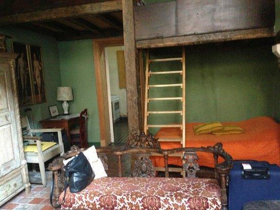 B&B Myriame Dolders: sleeping area  - (ground floor room)