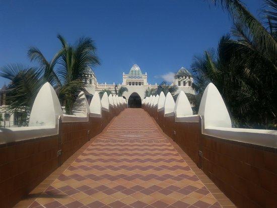 Clubhotel Riu Karamboa : July