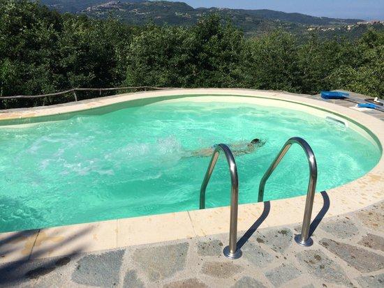Borgo Tepolini: Piscina