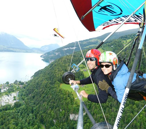 Hang Gliding Interlaken : Hang Gliding with Bernie and Eddie!