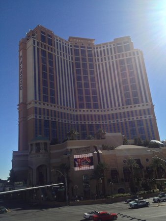 The Palazzo Resort Hotel Casino: Palazzo seen from the strip
