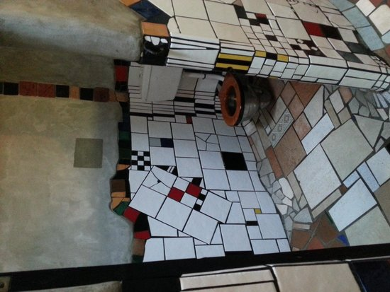 Kawakawa Public Toilets by Hundertwasser: Ladies' Toilet
