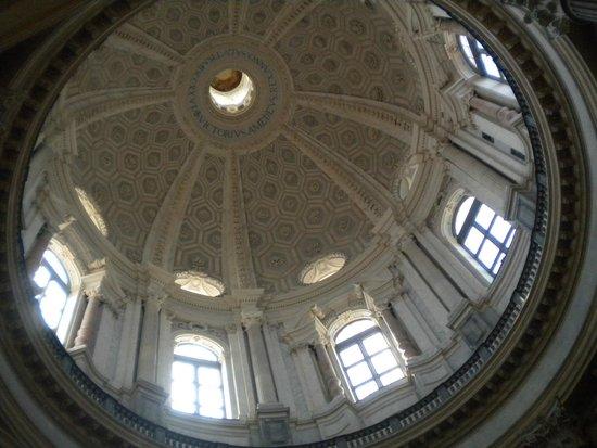 Basilica di Superga : Intérieur