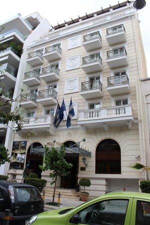 Hera Hotel: Hotel facade