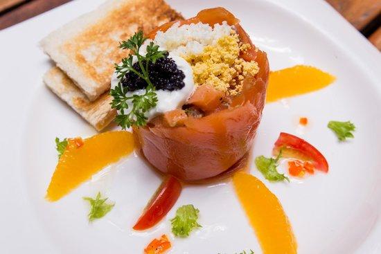 Paradee Resort & Spa Hotel: เมนูอาหารค่ำ