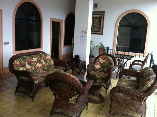 Hotel Santo Tomas: Nice setting area 3