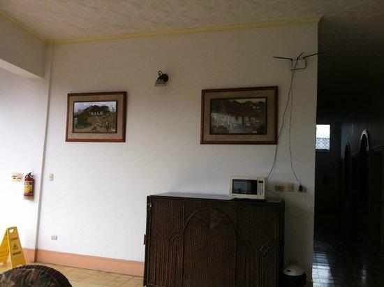 Hotel Santo Tomas: Nice setting area 4