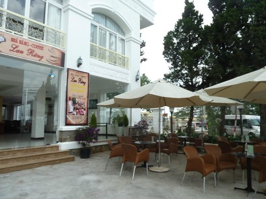 Ngoc Phat Hotel: Restaurant