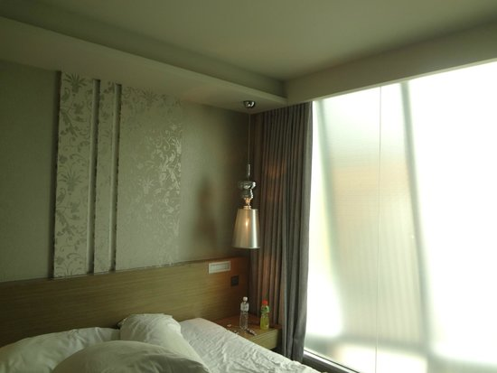 Citrus Sukhumvit 13 by Compass Hospitality: room