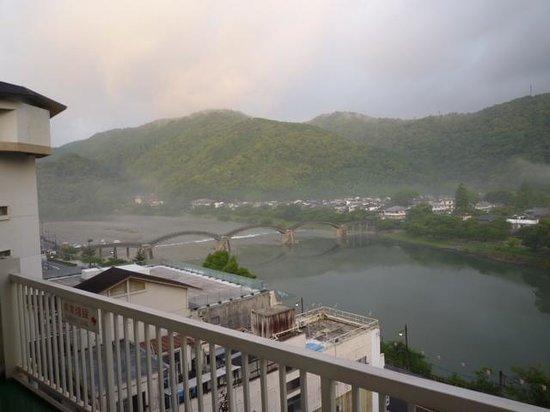 Iwakuni Kokusai Kanko Hotel: 部屋から見た