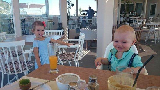 Pantheon Villas: Great breakfast in the restaurant. The kids loved it