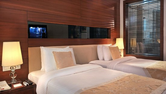 HAUT MONDE BY PI Hotels : luxury rooms