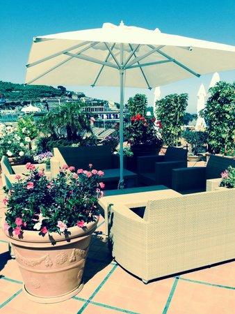 Grand Hotel La Favorita: Dachterrasse einfach sauber und gepflegt, wie sich der Gast das wünscht!