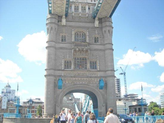 Ibis London City-Shoreditch: Tour de Londres