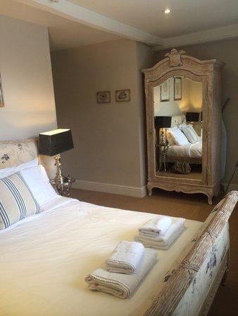The White Hart Hotel: Room 1