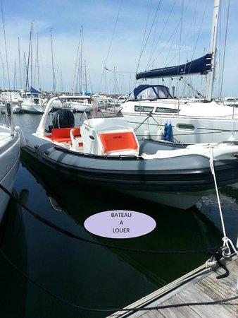 Hotel La Closerie : Location bateau