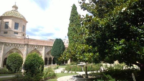 Catedral Basílica Metropolitana Primada de Tarragona: Внутренний дворик