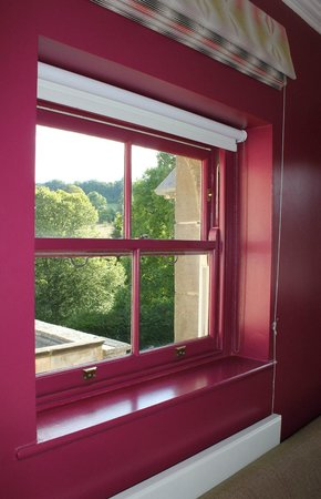 Cowley Manor: another window in Room 31 (there are 5 windows)