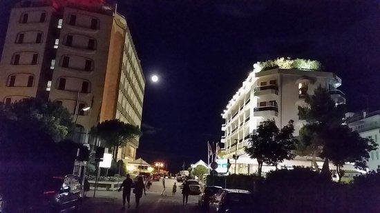 Cavalieri Palace: Abendstimmung