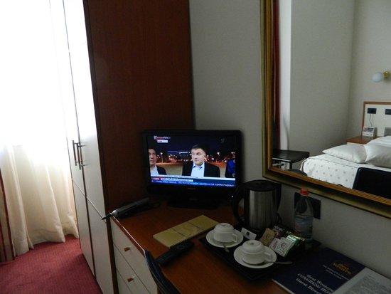 Best Western Congress Hotel: Working desk