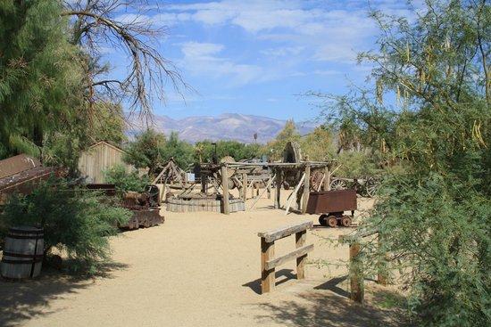 Furnace Creek Inn and Ranch Resort : Souvenirs de la mine dans le desert