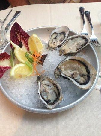 Osteria di Brera: свежие и вкусные устрицы