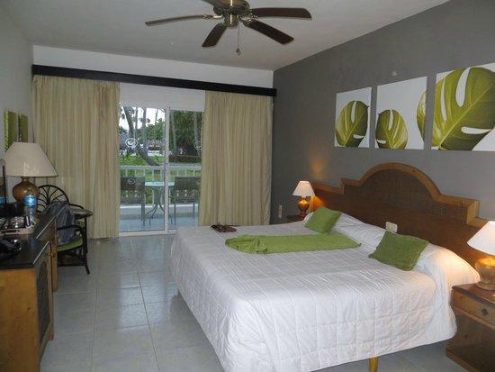 Sirenis Punta Cana Resort Casino & Aquagames: chambre standard