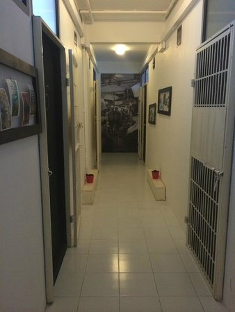 De Talak Hostel: view of the hallway