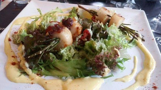 Vin sur Vin : Rosemary skewered scallops x