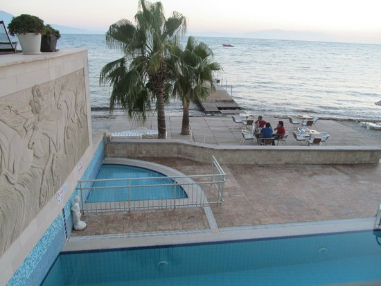 Coastlight Hotel: !
