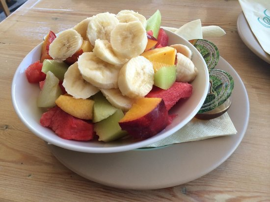Cosmo Cafe: Yogurt greco con frutta
