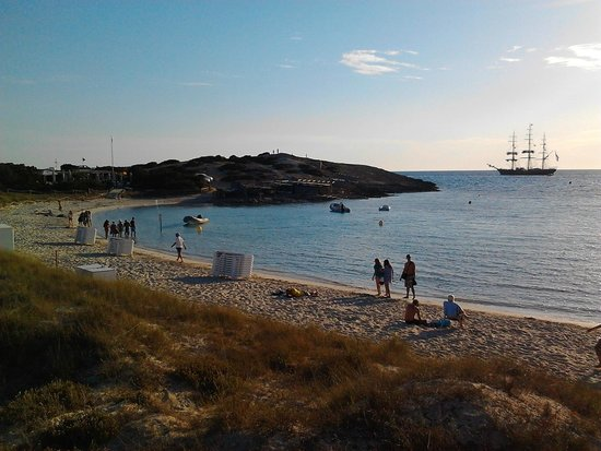 Playa de Ses Illetes: vista mattutina.