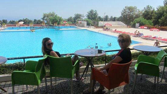 Buyuk Anadolu Girne Hotel: HAVUZ KEYFİ