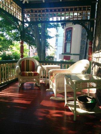 Cornerstone Bed & Breakfast: the hotel