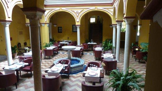 Las Casas de la Juderia : Patio dalle à manger