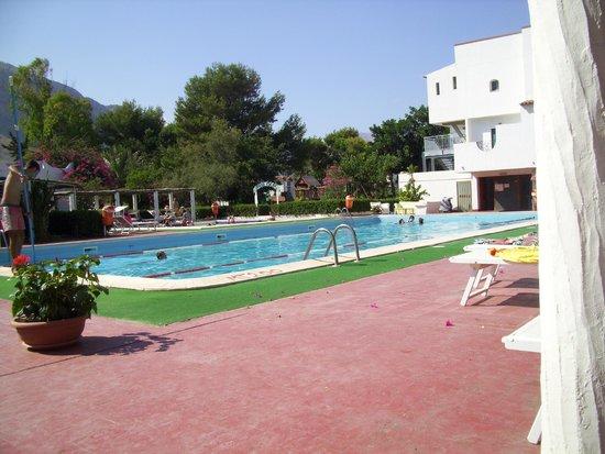Saracen Resort Beach & Congress Hotel: una delle piscine