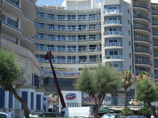 Preluna Hotel & Spa: Outside view